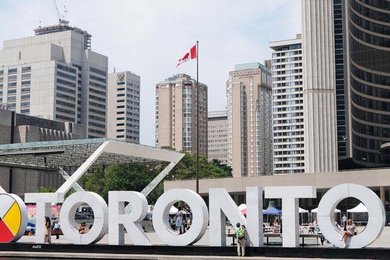 Toronto – New Yorkauf kanadisch