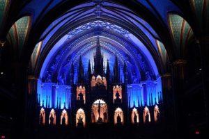 Aura in der Basilique Notre Dame Montreal Altarraum