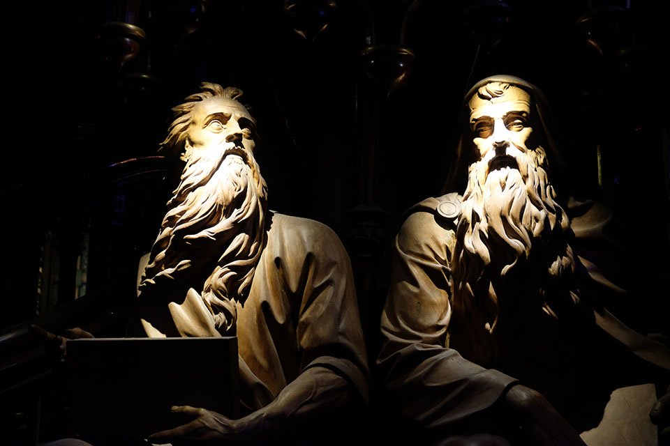 Aura in der Basilique Notre Dame Montreal Heiligenfiguren